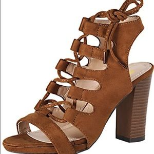 Chase and Chloe Benjamin Lace Up Brown Wedges